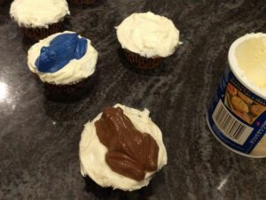 harry potter chocolate frog cupcakes